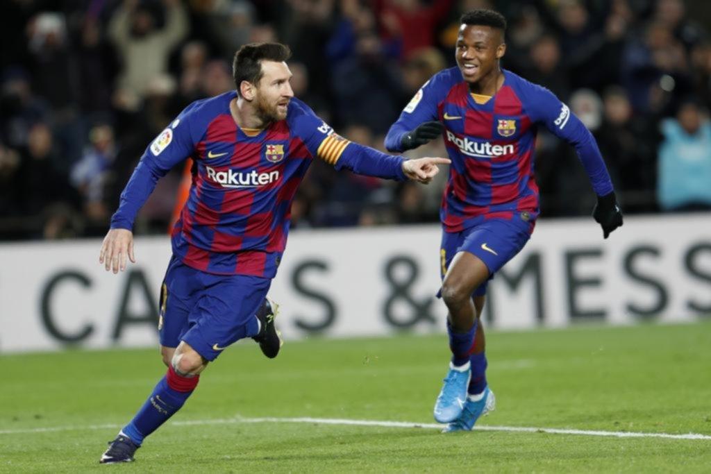El Barça hizo más de mil pases, pero a Setién lo salvó Messi