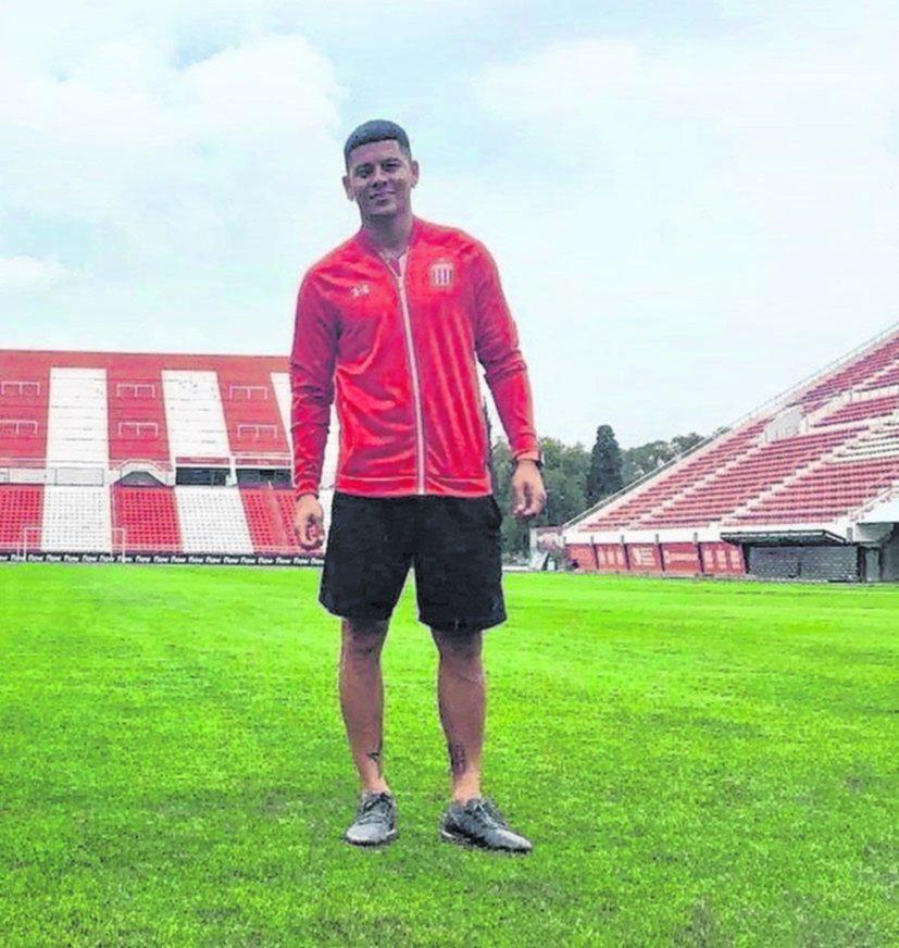 En Estudiantes sueñan con Marcos Rojo pero siguen negociando por Sánchez Miño