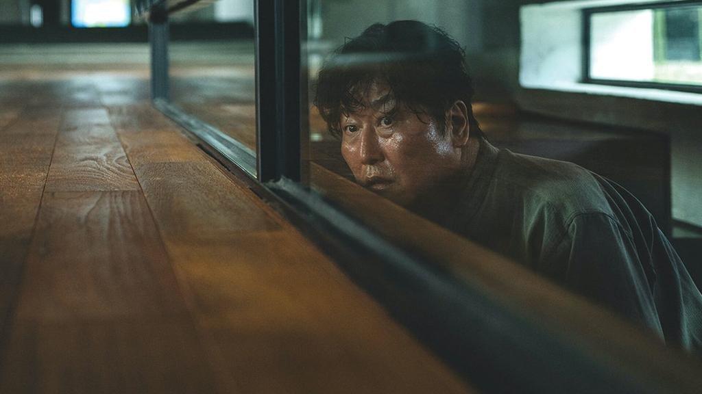 """""""Parásitos"""": las dos caras de Seúl, en una despiadada crítica al capitalismo"""