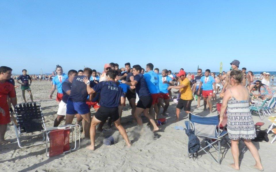 Chubut: rugbiers terminaron a los golpes en una playa