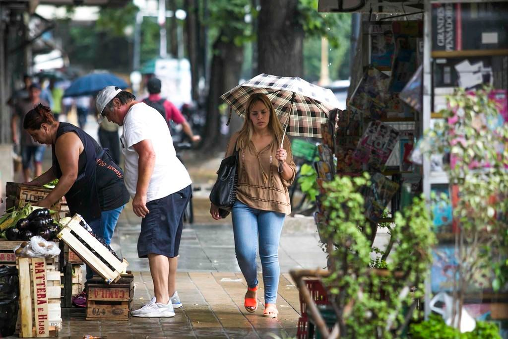 Tras las breves precipitaciones de ayer, el calor vuelve con todo