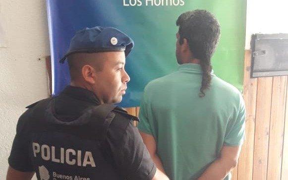 Otro robo terrorífico en La Plata: sorprenden a un vecino en su casa, lo encañonan y le roban
