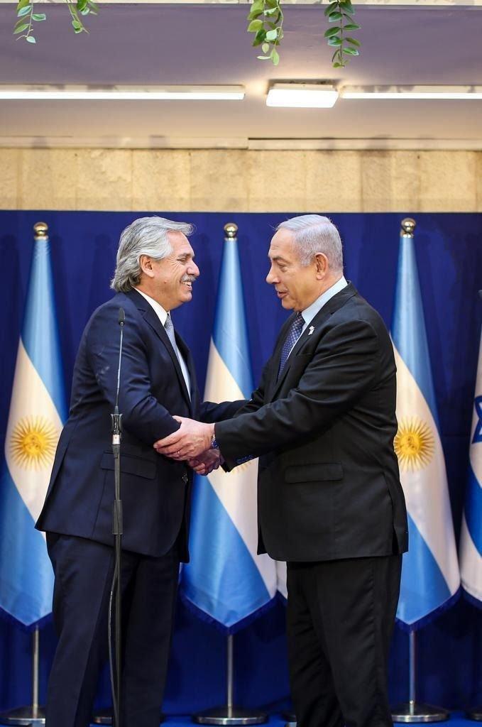 """El presidente Fernández y Netanyahu se comprometieron a buscar """"la verdad"""" por la AMIA"""
