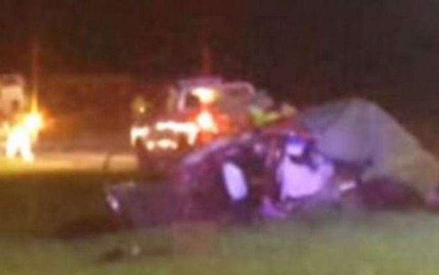 Por esquivar a un perro en la ruta 2 chocó de frente contra un camión: una mujer muerta