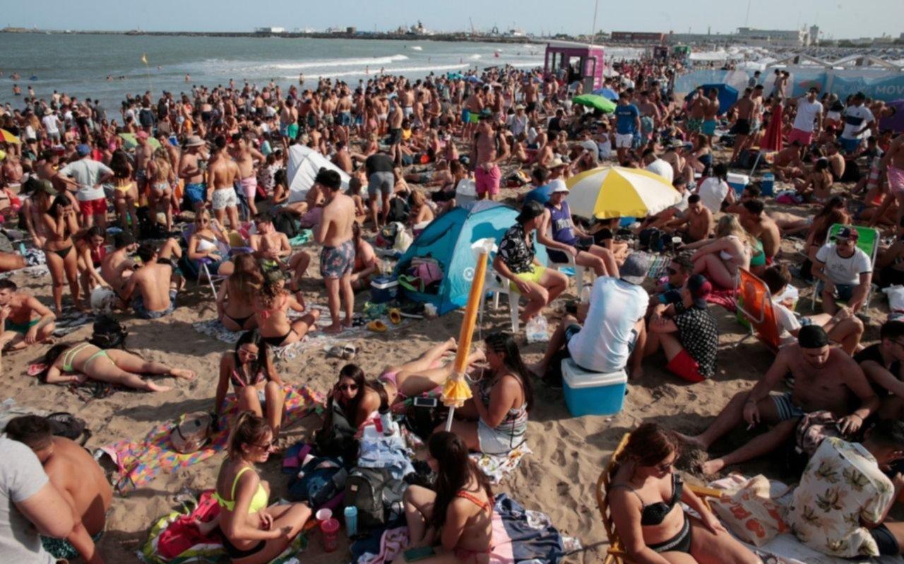 """""""Verano para todes"""", la campaña que lanzó el gobierno bonaerense en la Costa Atlántica"""