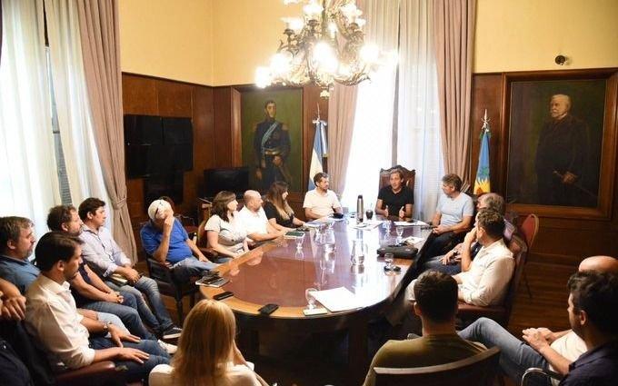 Garro encabezó una reunión de gabinete delineando el 2020