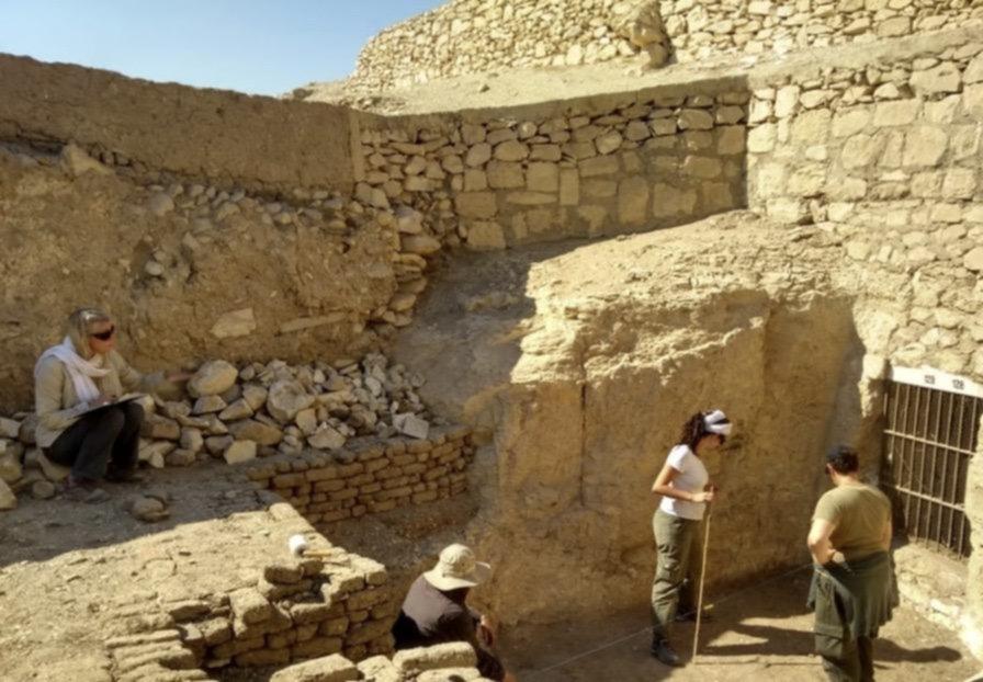 Científicos platenses ya investigan la tumba de un noble egipcio que vivió hace 3.500 años