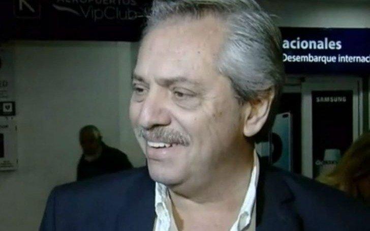 El presidente Alberto Fernández llegó al país tras su viaje a Israel
