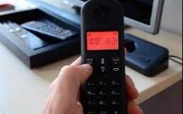 Se suman reclamos por teléfonos que no funcionan