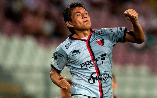 Pulga Rodríguez se va de Colón y en Tucumán sueñan con repatriarlo: ¿puede llegar a Estudiantes?