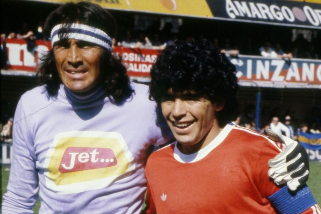 """Gatti sobre Maradona: """"No podía vivir, está descansando en paz"""""""