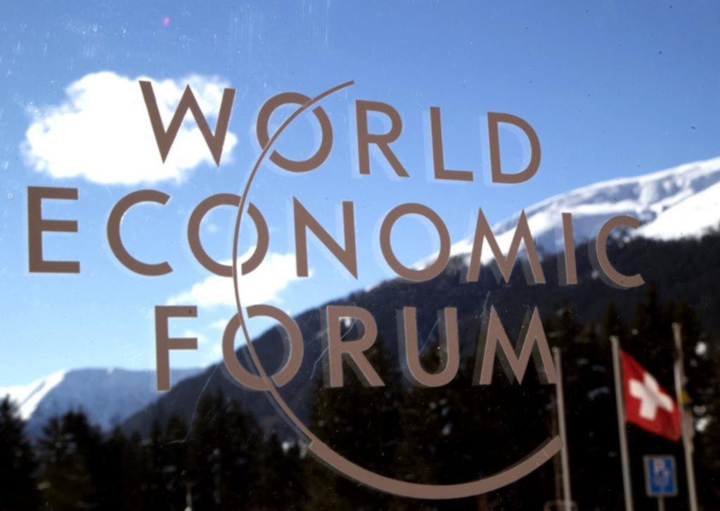 En Davos, marcan malos resultados del país ante la pandemia