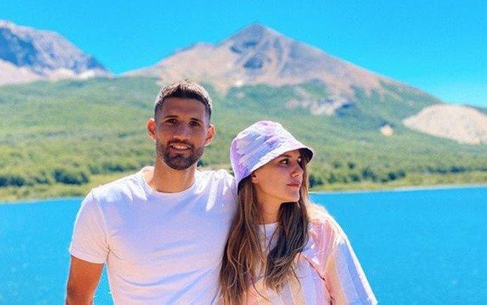 Mica Tinelli y Licha López, súper  enamorados en Esquel