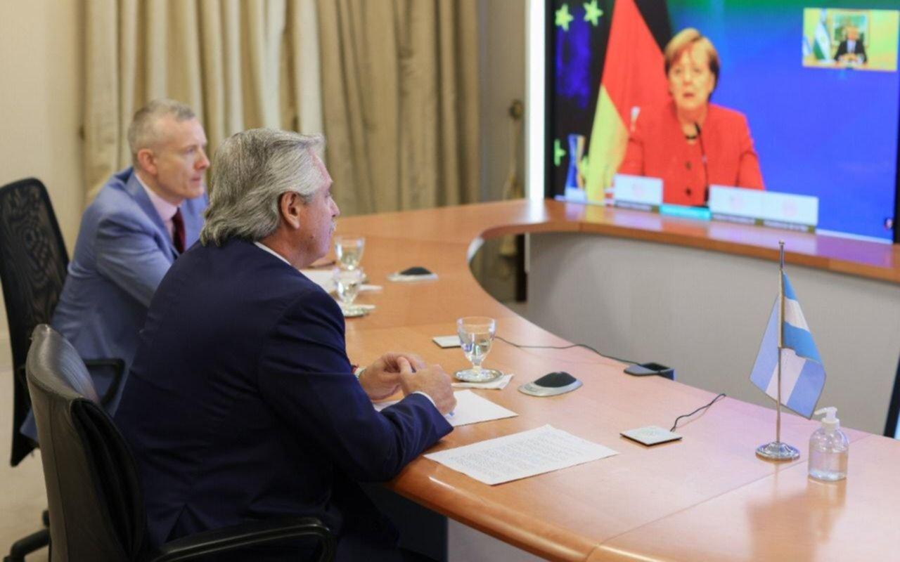 Alberto Fernández le agradeció a Merkel el apoyo a la negociación con el FMI