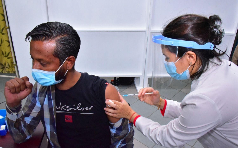 Vacuna contra el COVID: cómo está posicionado Argentina en comparación con el mundo