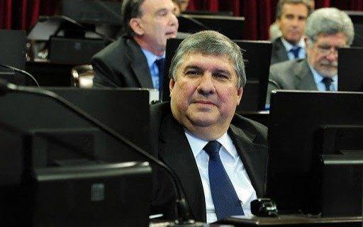 """""""El derecho vos lo tenés, pero no en pandemia"""": la polémica frase del senador José Mayans para defender a Gildo Insfrán"""
