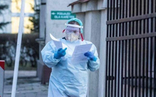 Otra vez hubo más de 10 mil casos diarios de coronavirus en Argentina
