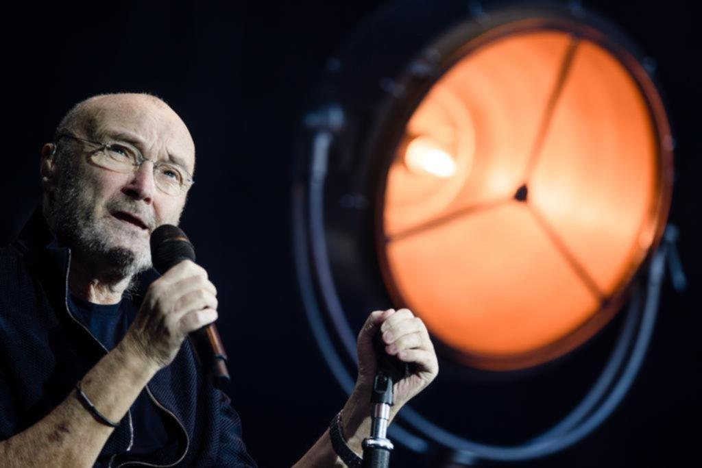 Los amargos 70 de Phil Collins: problemas de salud, escándalos familiares y millones en danza