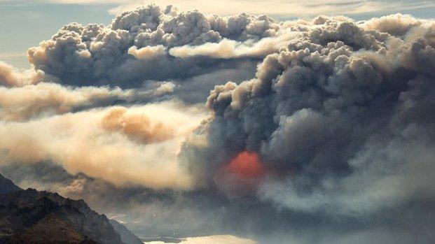 Amplían operativo por incendios en Chubut