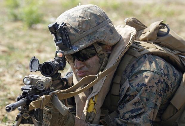 Estados Unidos movilizaría 100 mil soldados para detener a inmigrantes ilegales
