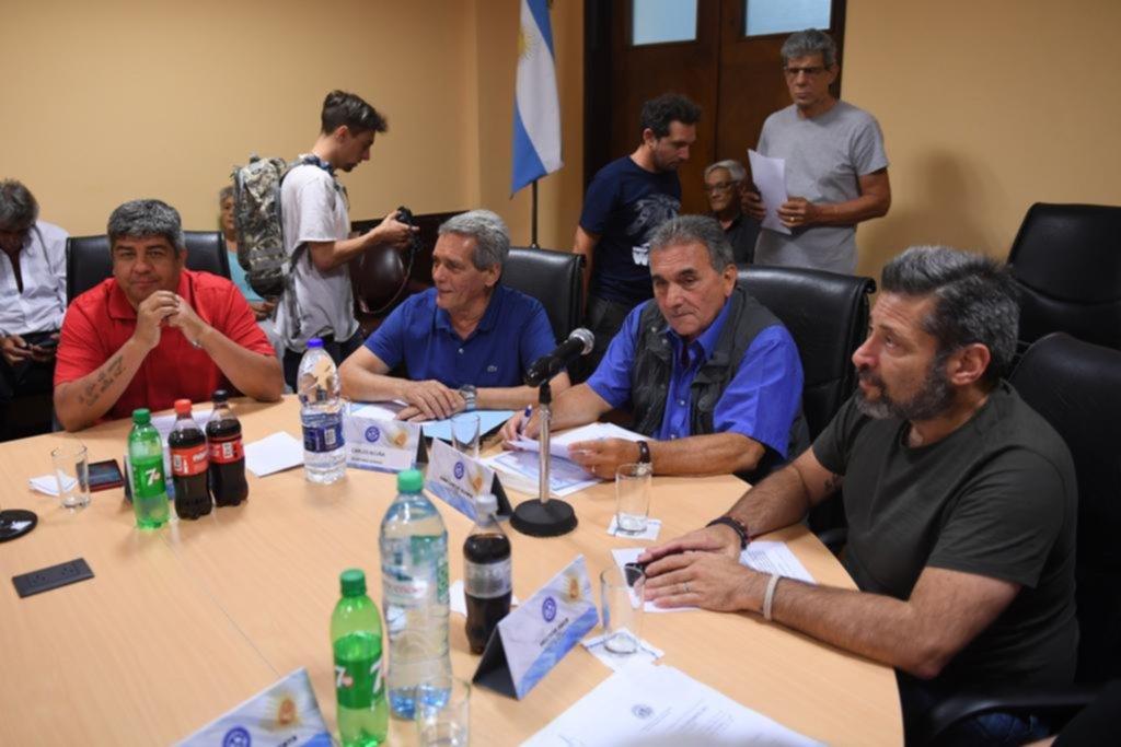 Moyano se enfrenta con el Gobierno y busca apoyo en la CGT