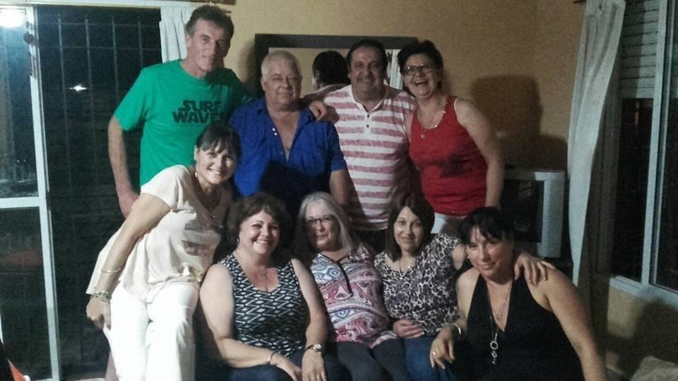 Emotivo reencuentro de ex alumnos de la Escuela Media Nº 9 de Lisandro Olmos