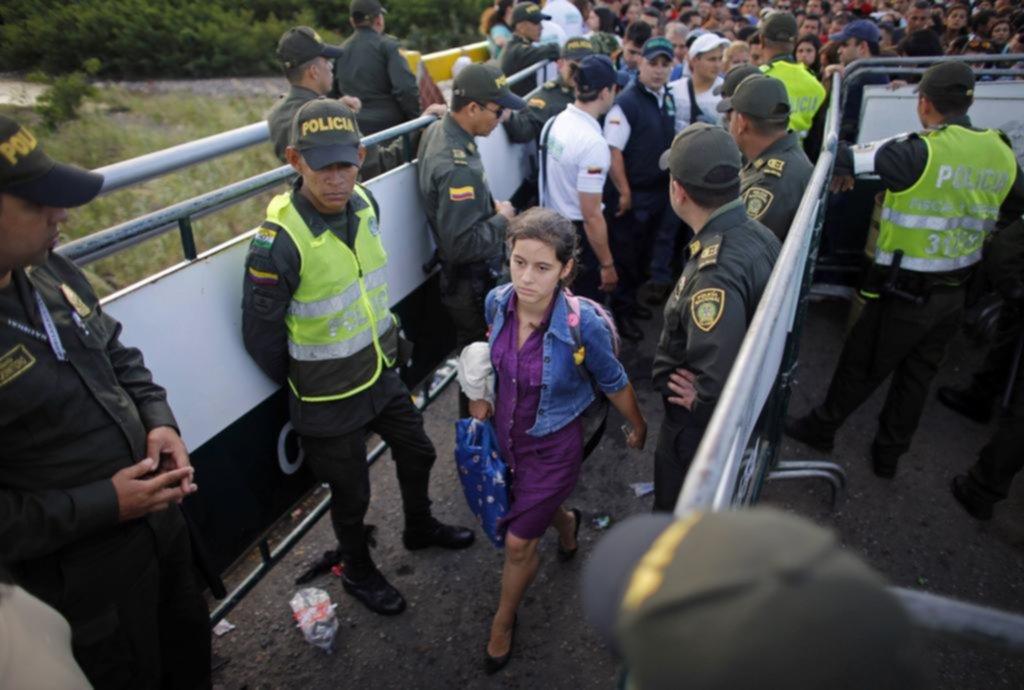 Tag perú en El Foro Militar de Venezuela  1518153994094
