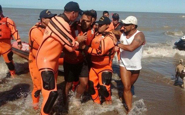 Rescataron a un kayakista que estuvo desaparecido dos días