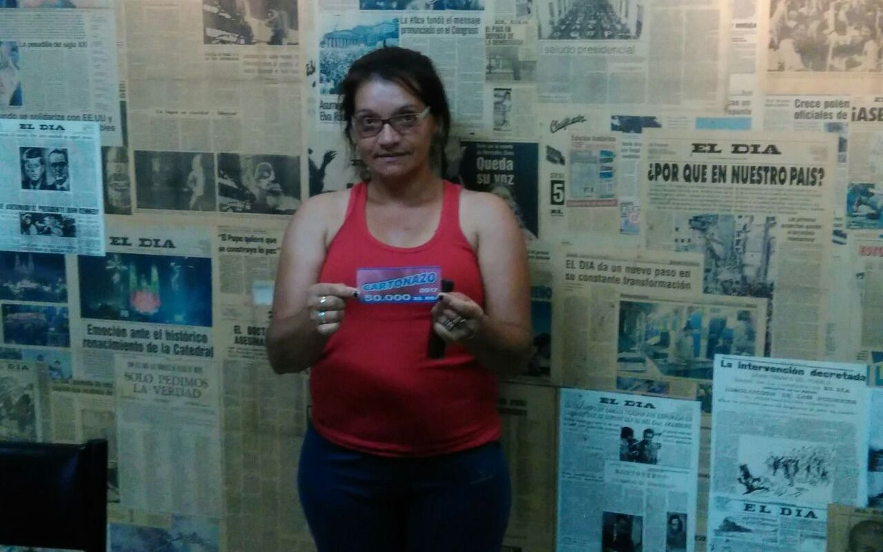 Cartonazo: una afortunada ganadora se queda con los 50.000 pesos