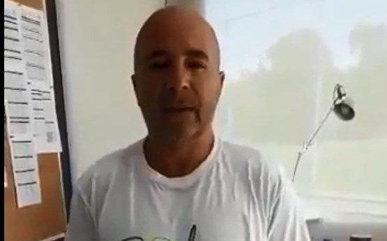 Sampaoli se sumó a la campaña en la lucha contra el cáncer infantil