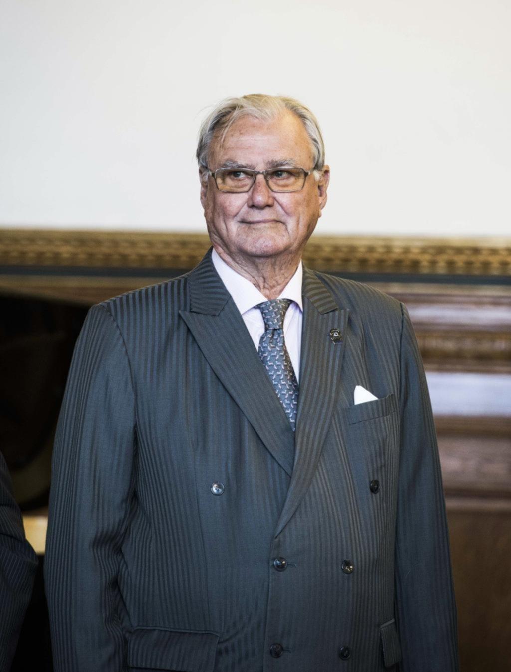 A los 83 años murió el príncipe Enrique, esposo de la reina de Dinamarca