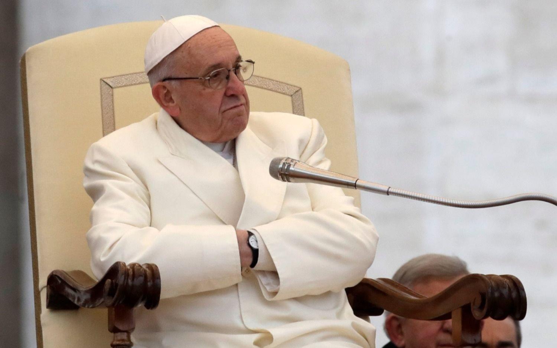 Francisco reveló que se reúne todos los viernes con víctimas de abusos
