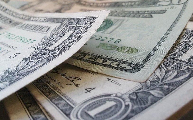 El dólar y otra jornada en baja
