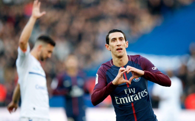 PSG goleó con un tanto de Di María, pero hubo silbidos para el equipo