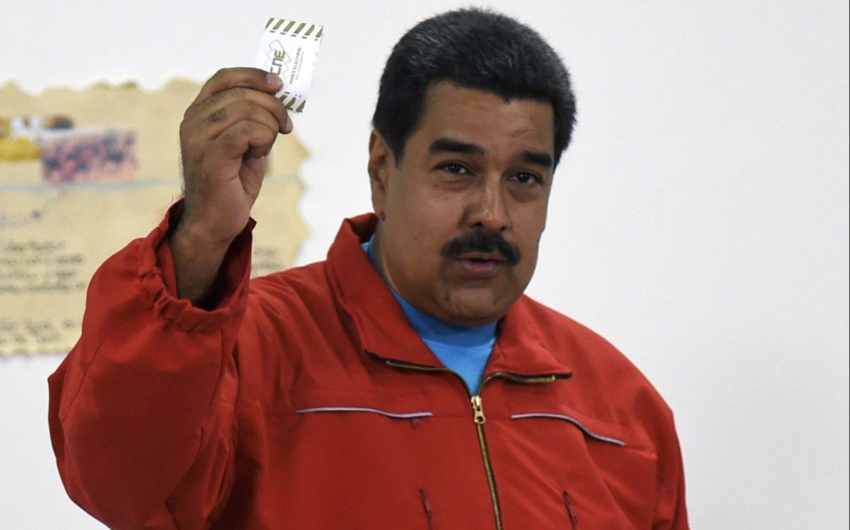Maduro: la intención de compra del petro supera US$1.000 millones