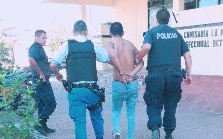 Golpeó a su mujer, se resistió y se desnudó frente a los policías: preso