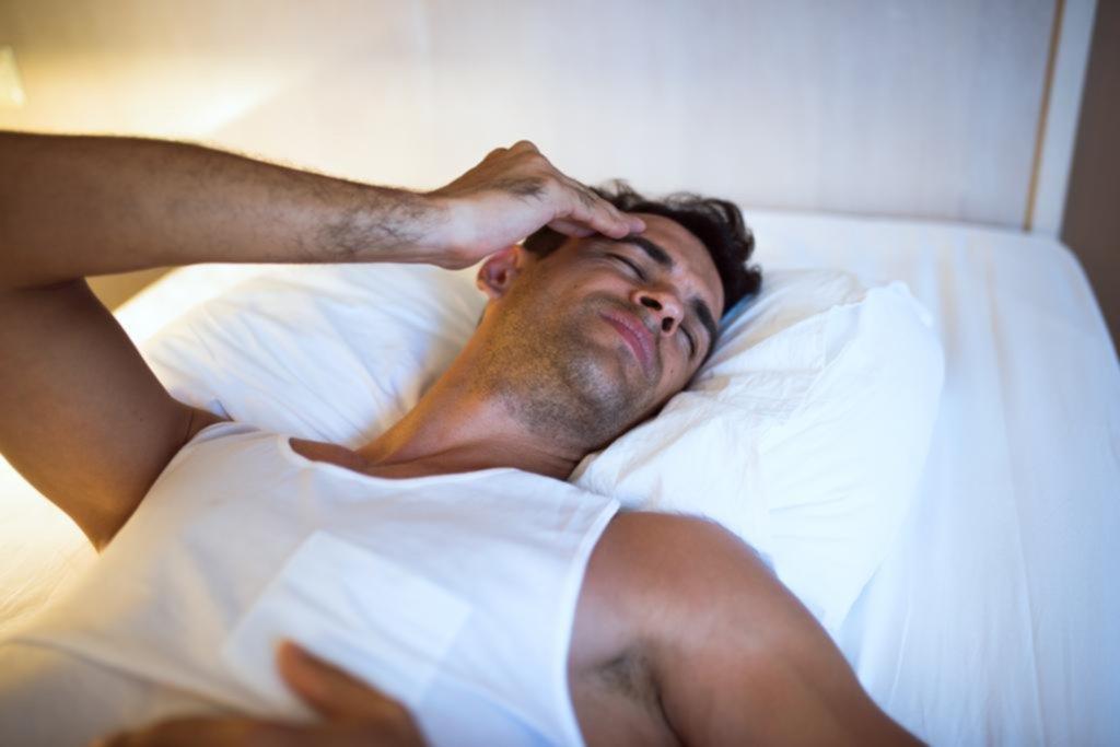 El dormir mal no es bueno cuando se padece de algún dolor en el cuerpo