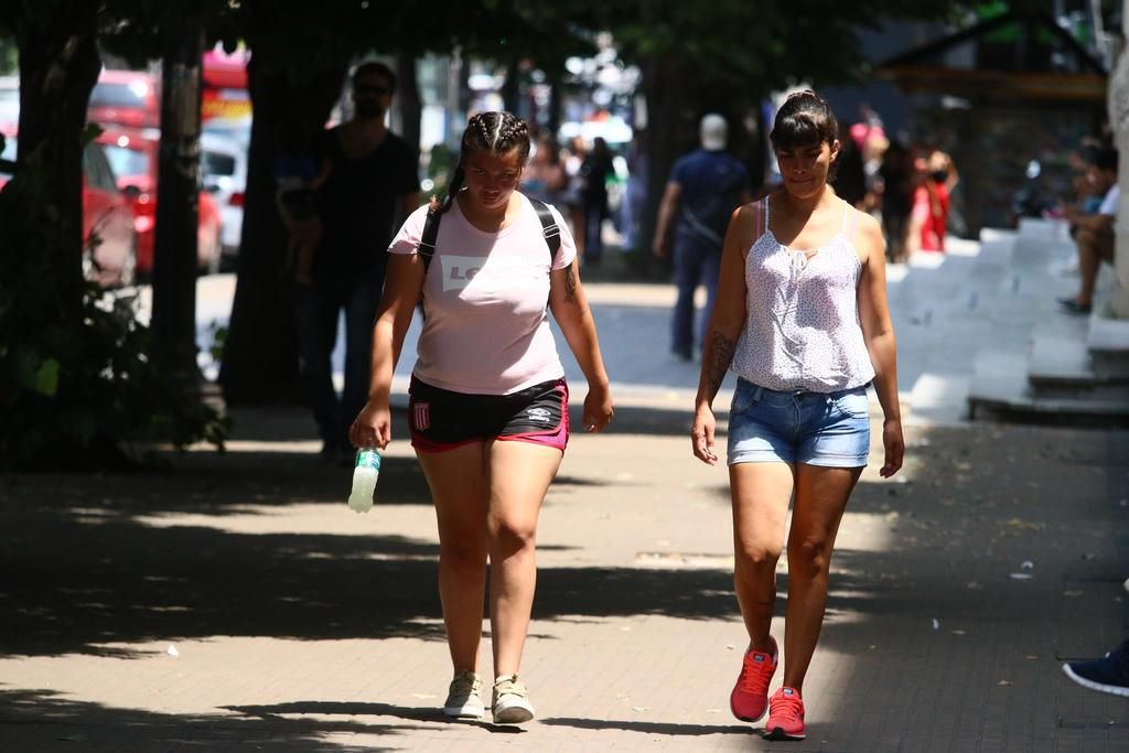 Tras un enero atípico, el resto del verano tendrá temperaturas promedio debajo de lo habitual
