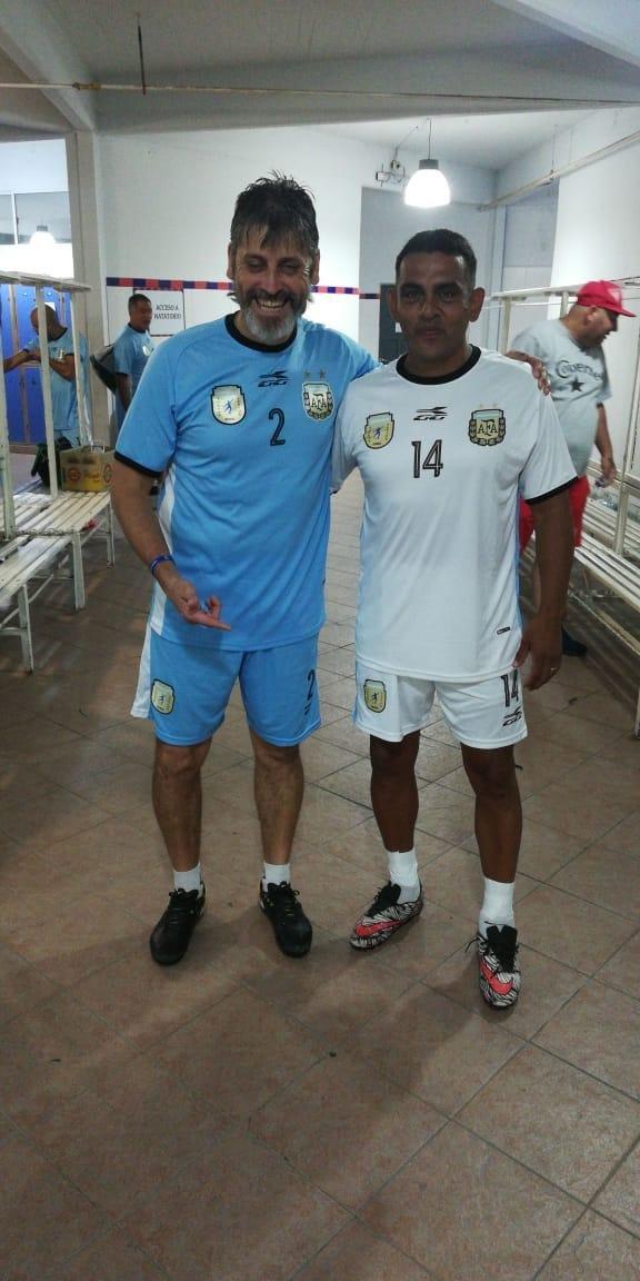 La Selección de Súper Senior jugó en Abasto, con Ortíz y Merlo