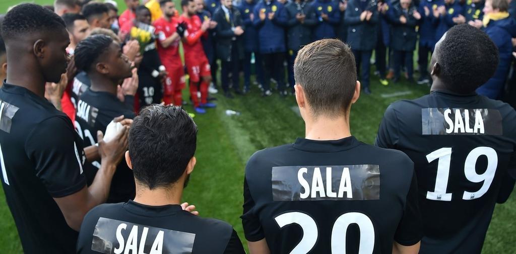 Nantes, en su estadio, rindió otro emotivo homenaje a la memoria de Emiliano Sala