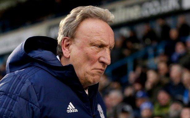El gesto del entrenador del Cardiff tras la muerte de Emiliano Sala