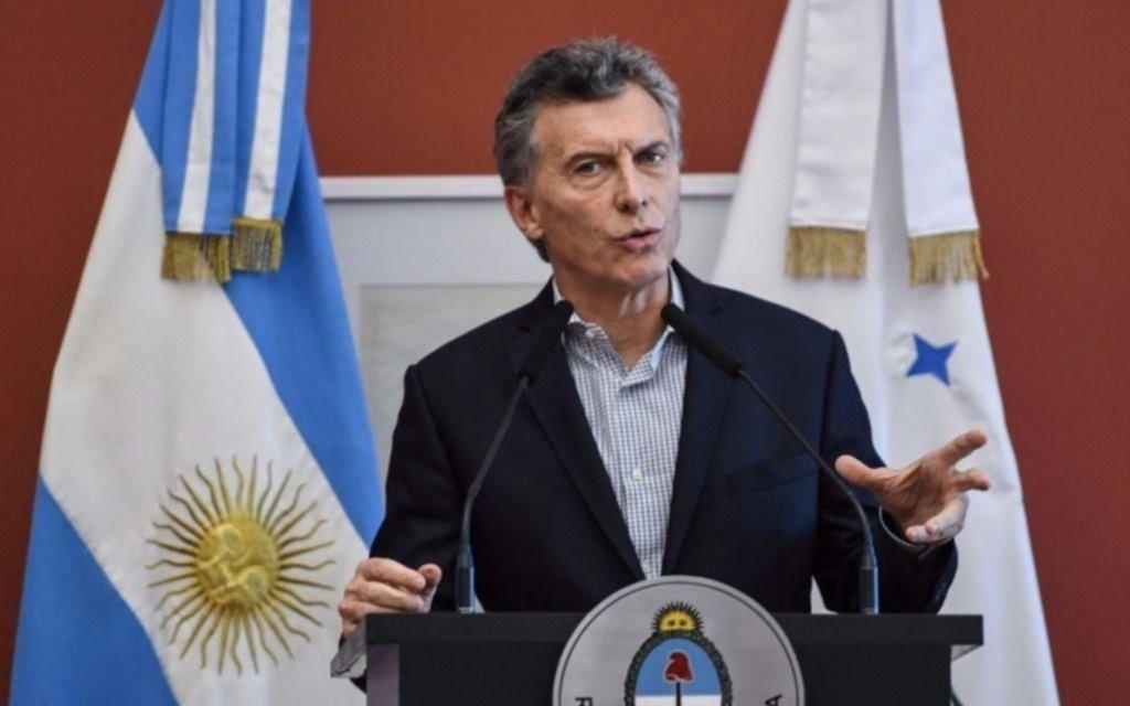 """Macri se reúne este miércoles con Tabaré Vázquez con """"agenda abierta"""""""