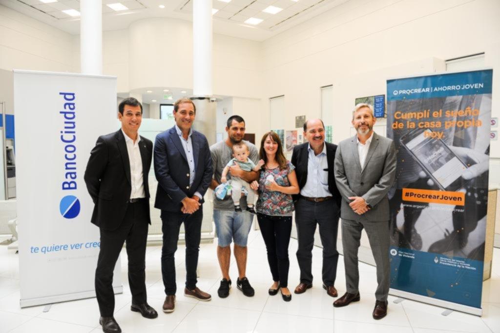 En La Plata se escrituró la primera casa por el plan Procrear Ahorro Joven