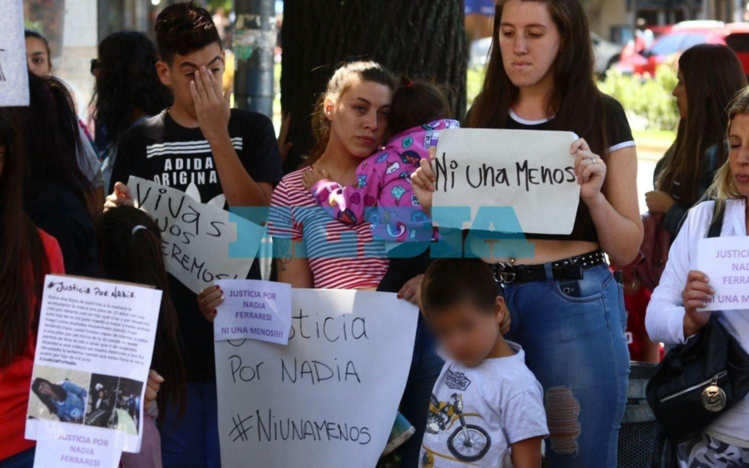 Nadia Ferraresi: Familiares Y Amigos De Nadia Ferraresi Saldrán Nuevamente