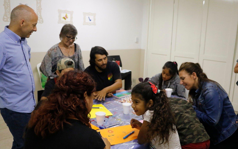Ducoté y Reich participaron del programa Crianza sin Violencia