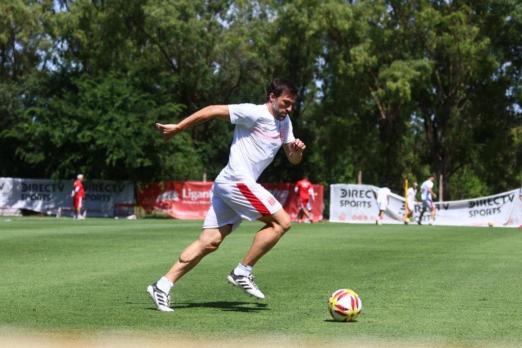 Benítez confirmó que Pavone se mete en el equipo titular para jugar junto a Albertengo