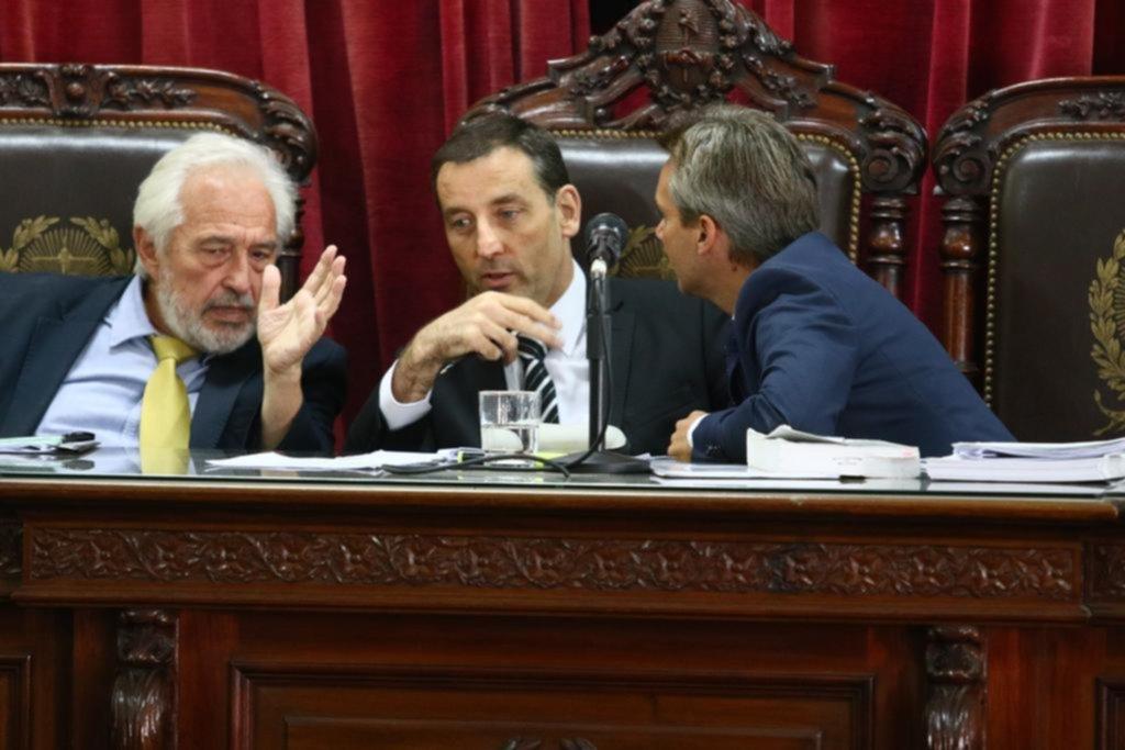 Amnesia, miedo y polémicas en un juicio clave contra la corrupción policial en la Ciudad