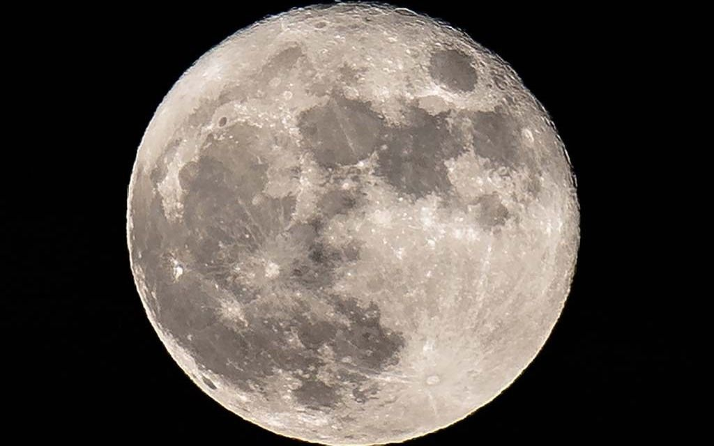 'Superluna de nieve' más brillante de los próximos 7 años