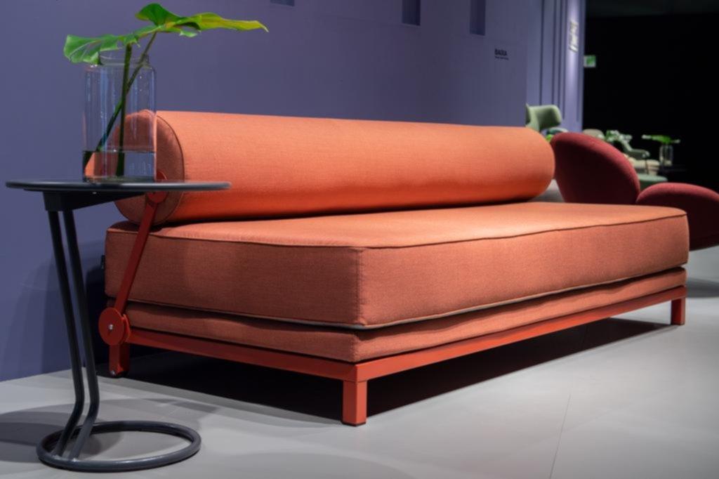 Coral, el color de moda en mobiliario y decoración