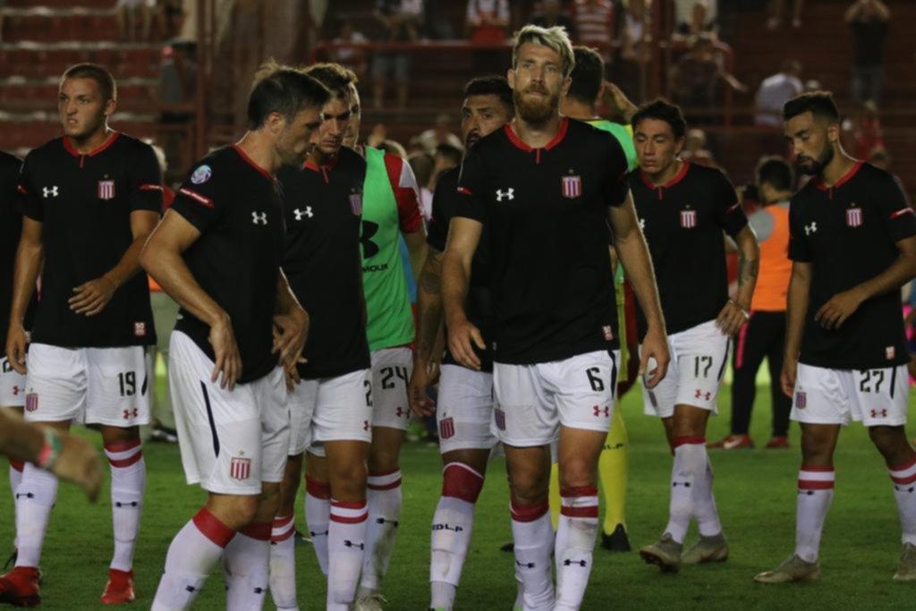 Ingrato partido para Gonzalo Jara: Estudiantes cae ante Argentinos Juniors